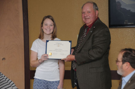 Ashlynn Turbett receives Knight Essay Contest Award from Education Chairman Rodney Weems
